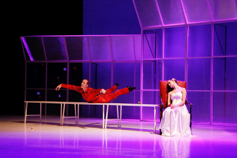Rosen - Gastspiel Theater Vorpommern (Bild)
